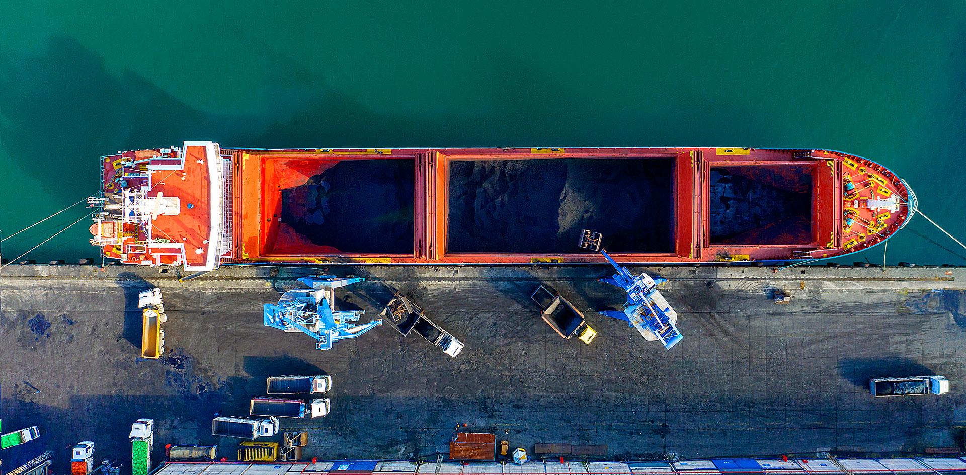 «Совфрахт» заморозил работу своей судоходной компании