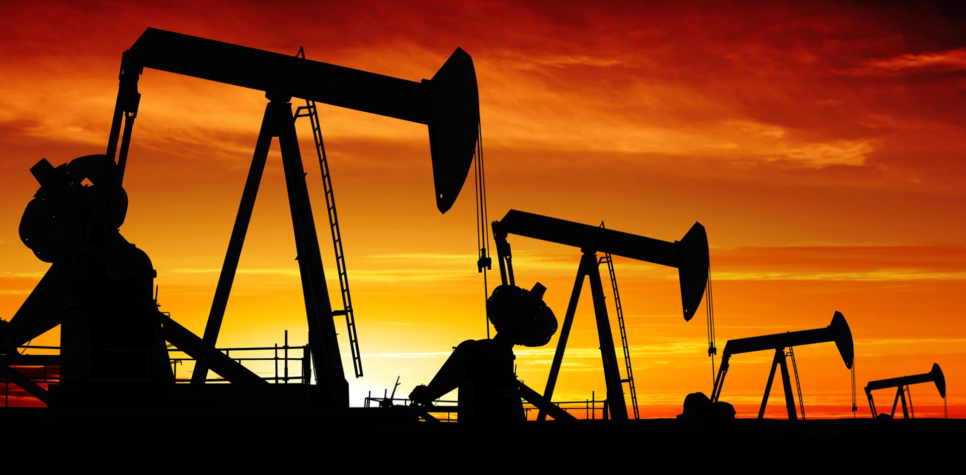 Держаться нету больше сил. Зачем Трамп хочет возродить нефтяную сделку?