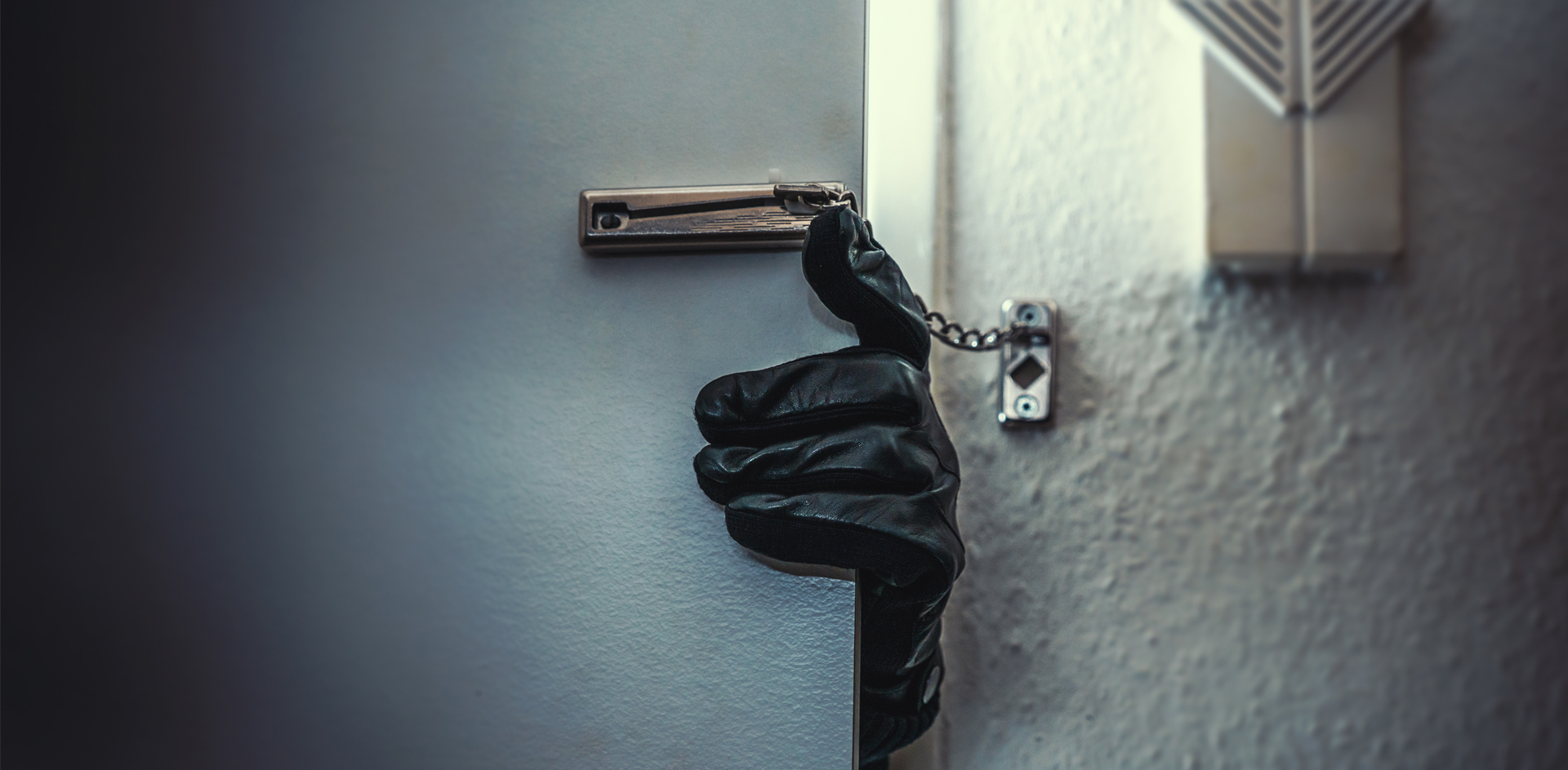 Невирусная угроза: как россияне нарушают закон во время карантина