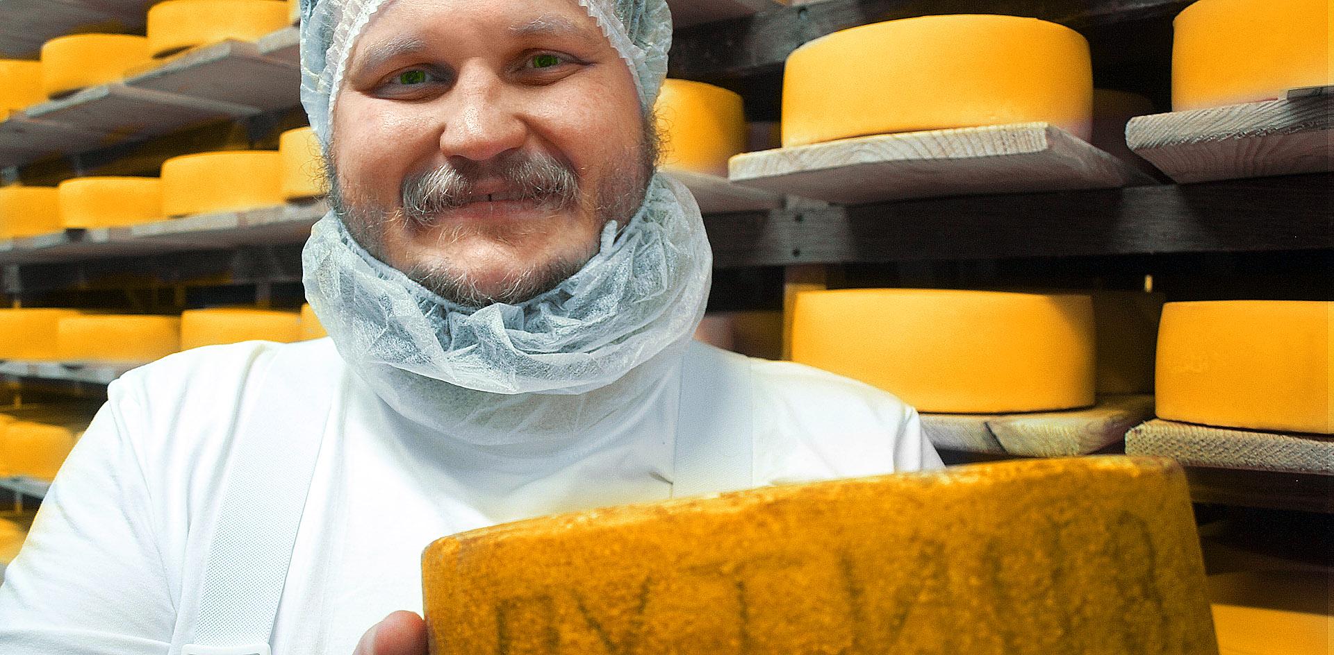 Поставщик Кремля сыровар Сирота начал варить сыр «Путин»