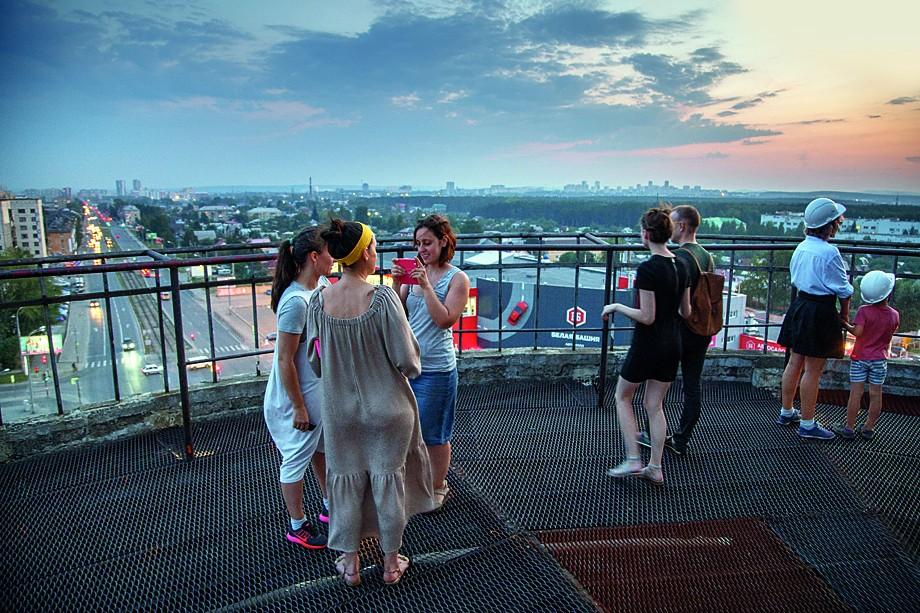 Первая экскурсия на Белую башню после консервации. Екатеринбург, 2017 год