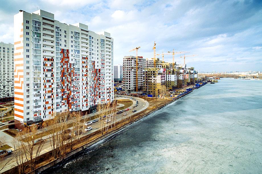 Строительство нового жилого квартала в Москве