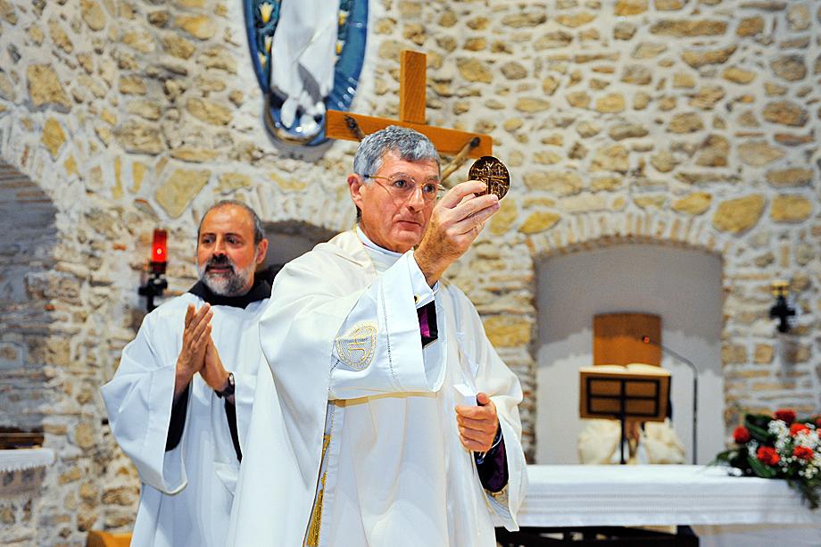 Альберто Перласки (на переднем плане)
