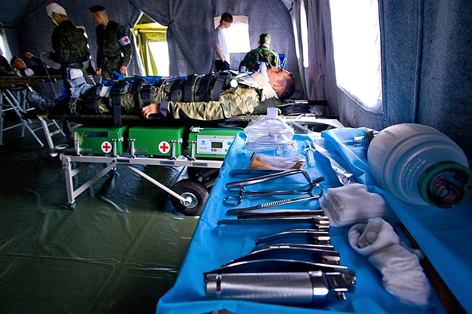 Показательные занятия медицинской роты