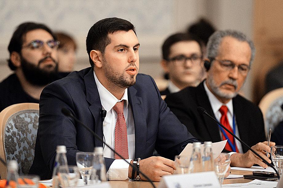 Президент «Антиглобалистского движения России» Александр Ионов