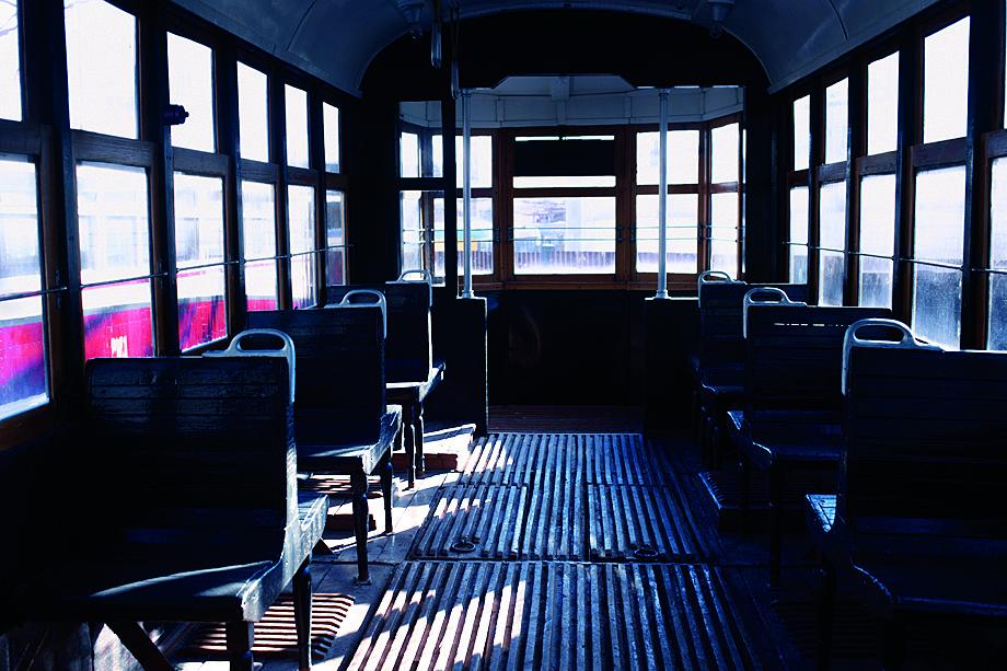 Деревянный трамвай