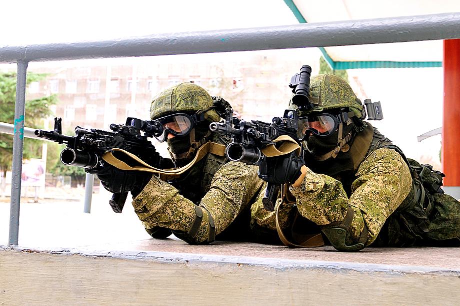 Бойцы 810-й отдельной бригады на учениях