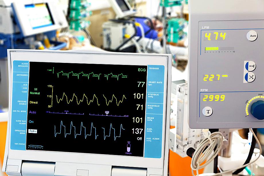 Монитор с кардиограммой для баллонной контрпульсации и ЭКМО
