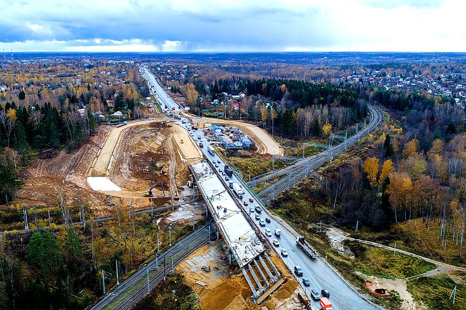 Строительство пускового комплекса № 5 Центральной кольцевой автомобильной дороги