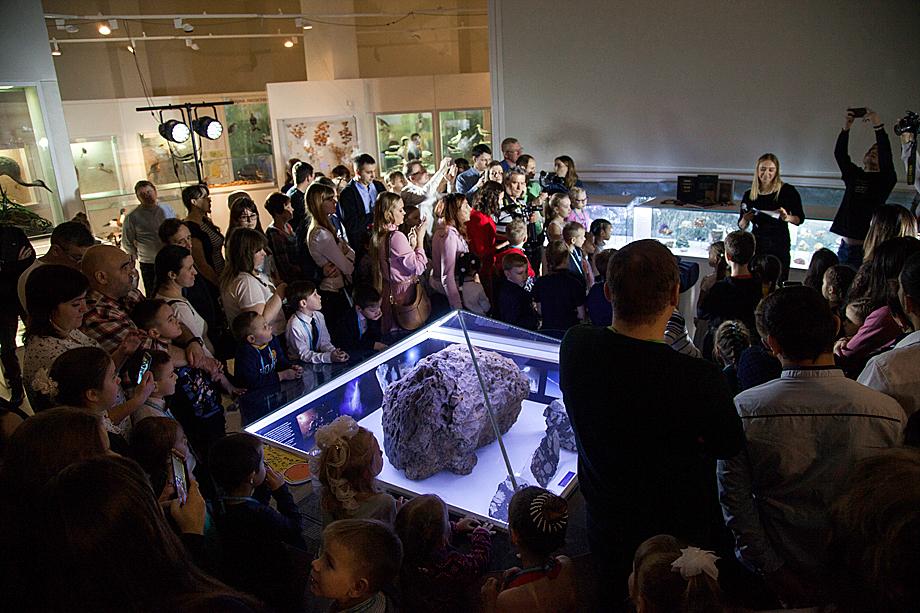 Не зарастёт к метеориту народная тропа. Государственный исторический музей Южного Урала