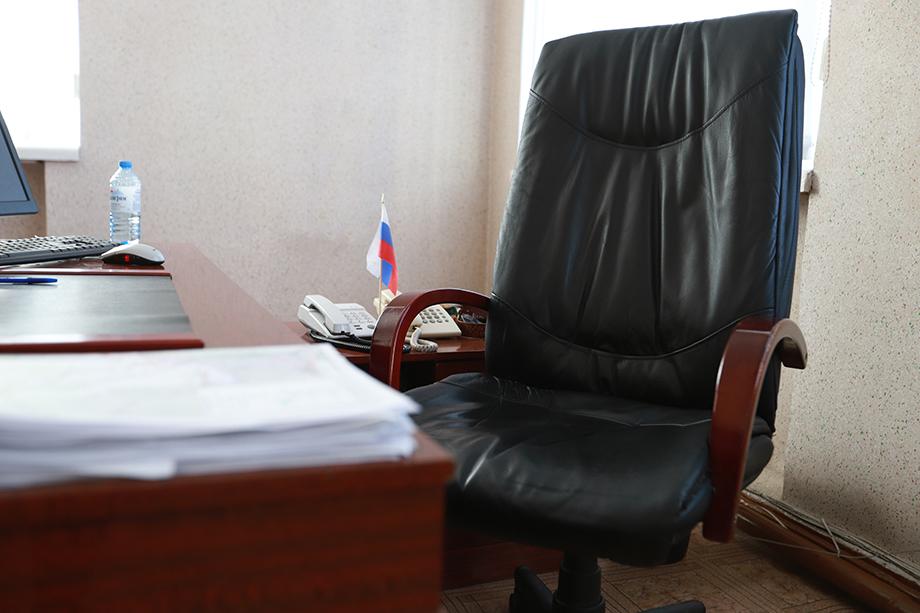 Пустое кресло губернатора