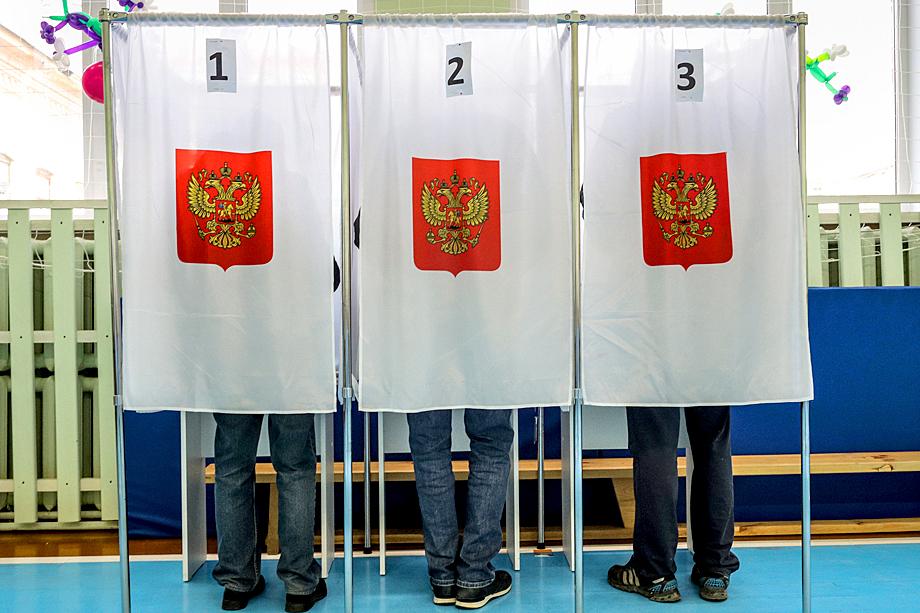 Согласно статистике, большинство россиян по-прежнему отдало бы свои голоса действующему президенту
