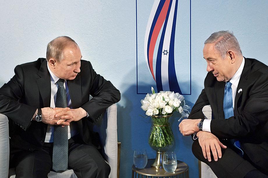Владимир Путин во время своего визита в Израиль благодарил Нетаньяху за согласие передать России подворье