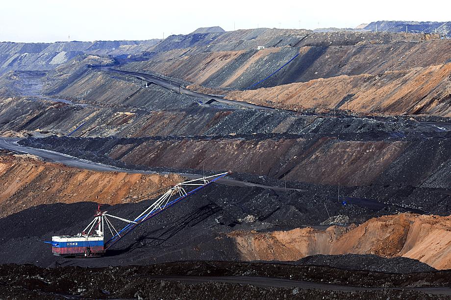 В добывающей отрасли сокращается число заказов на бурение и освоение новых месторождений.