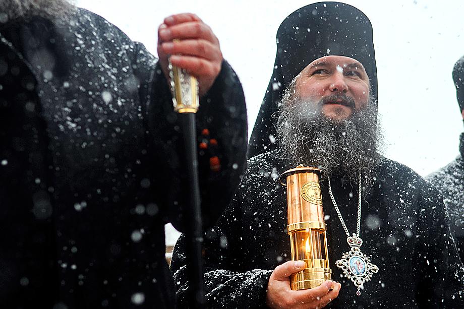 Пасхальный крестный ход в Екатеринбурге.