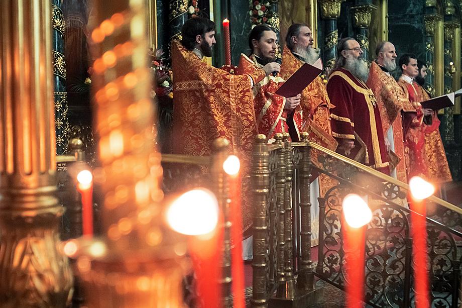 Праздничное богослужение в Свято-Троицком кафедральном соборе.