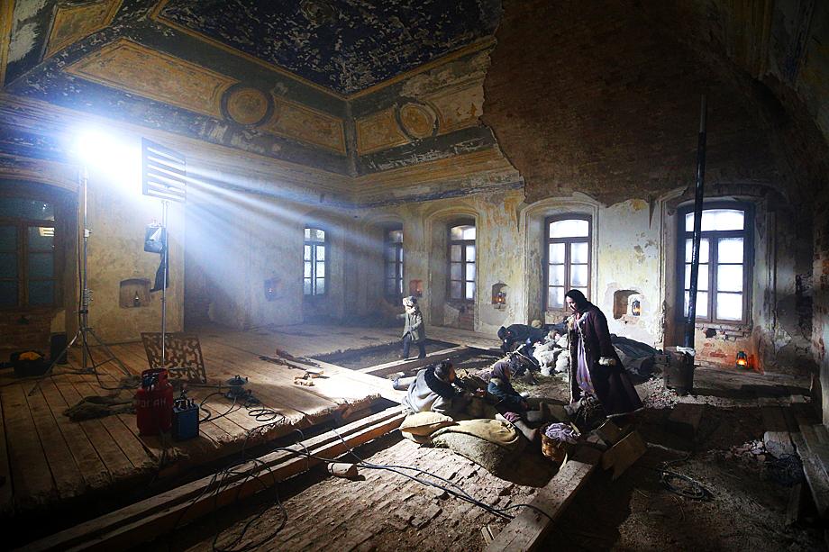 Сцена в мечети из фильма «Зулейха открывает глаза».