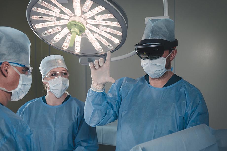 AR-очки могут облегчить «рабочие моменты» не только на производстве.