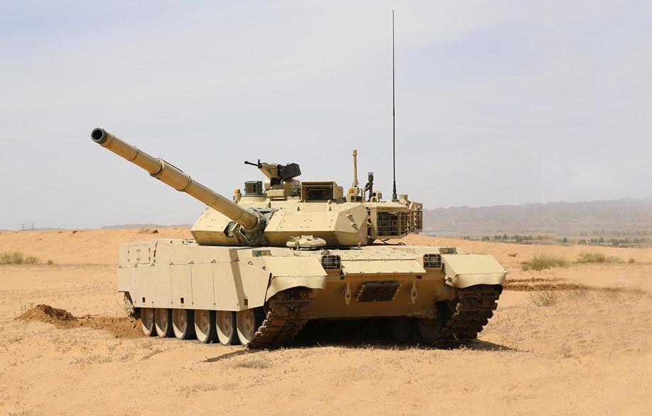 Разработчики китайского танка VT-4 заявили, что их боевая машина превосходит Т-14 по нескольким характеристикам.