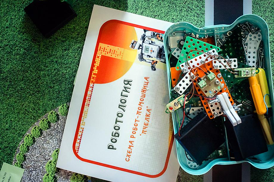 Конструктор «Роботологии» пользуется невероятным спросом как у детей, так и у их родителей.