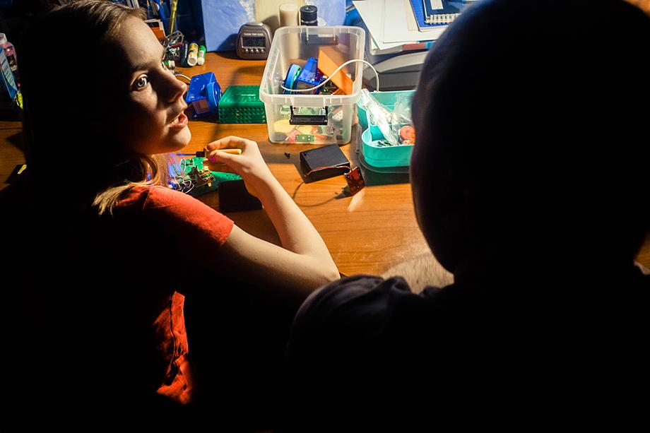 В семье Сергея подрастает ещё один юный робототехник – 10-летняя дочь Елизавета.