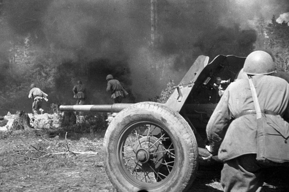 На защите неба над Смоленском. 1943 год.