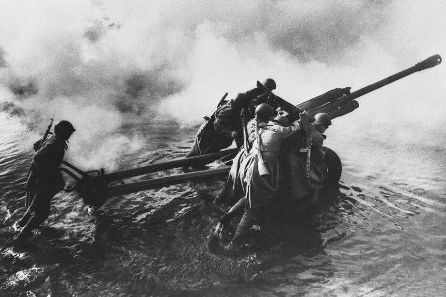 В логове врага: переправа через Одер. 1 апреля 1945 года.