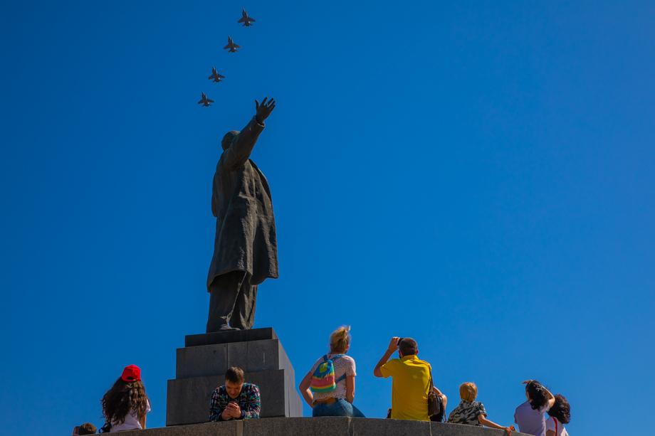 Ленин и звено перехватчиков Миг-31