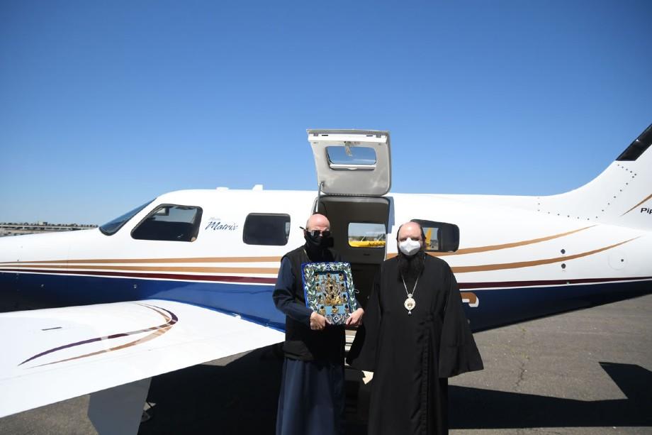 Молебен прошёл по просьбам многочисленных православных верующих.