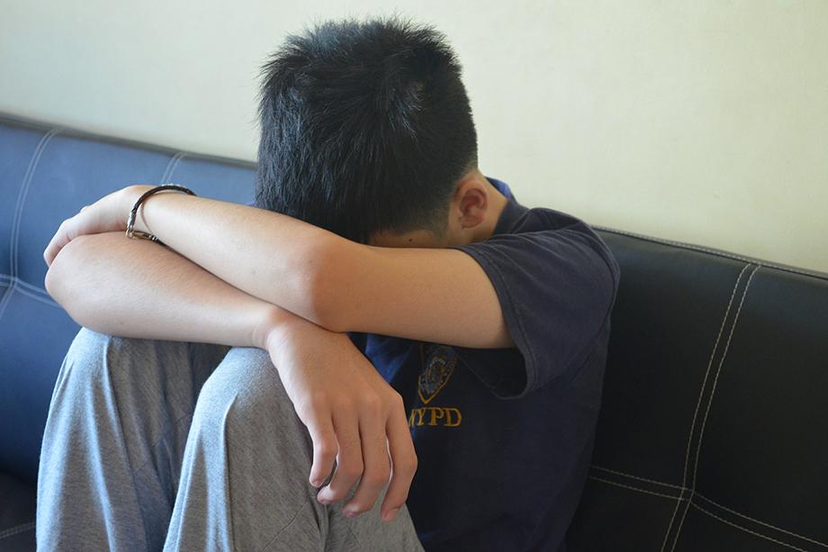 Под влияние ваххабитов обычно попадают неблагополучные молодые люди со слабой психикой. Вычислить таких легко. Завербовать − ещё проще.