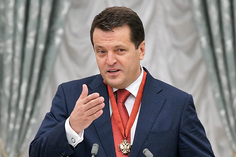 В 2009 году Путин отверг кандидатуру Метшина на пост главы РТ в пользу Минниханова.