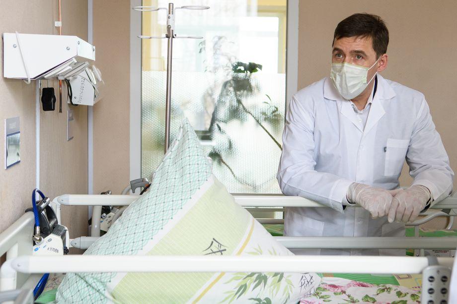 Евгений Куйвашев, губернатор Свердловской области, перешёл к открытому противостоянию с главным санитарным врачом.