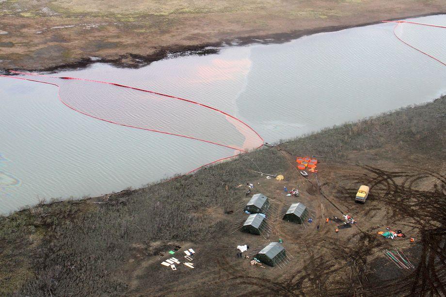 29 мая на территории ТЭЦ-3 АО «Норильско-Таймырская энергетическая компания» разлилось около 20 тысяч тонн нефтепродуктов.