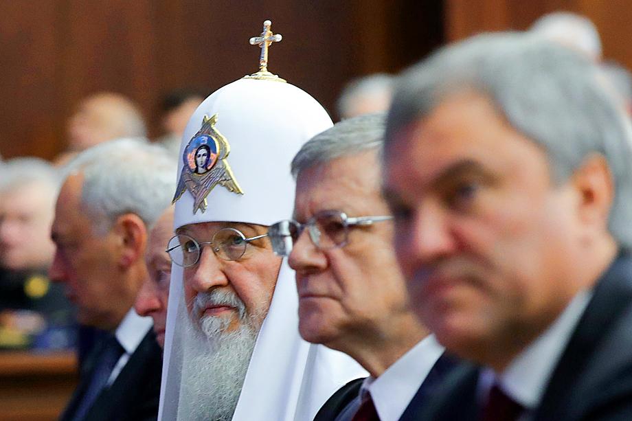 РПЦ входит в кризис, из которого легко не выйти. Слишком отчётливо сформировались два взгляда на роль Церкви в России.