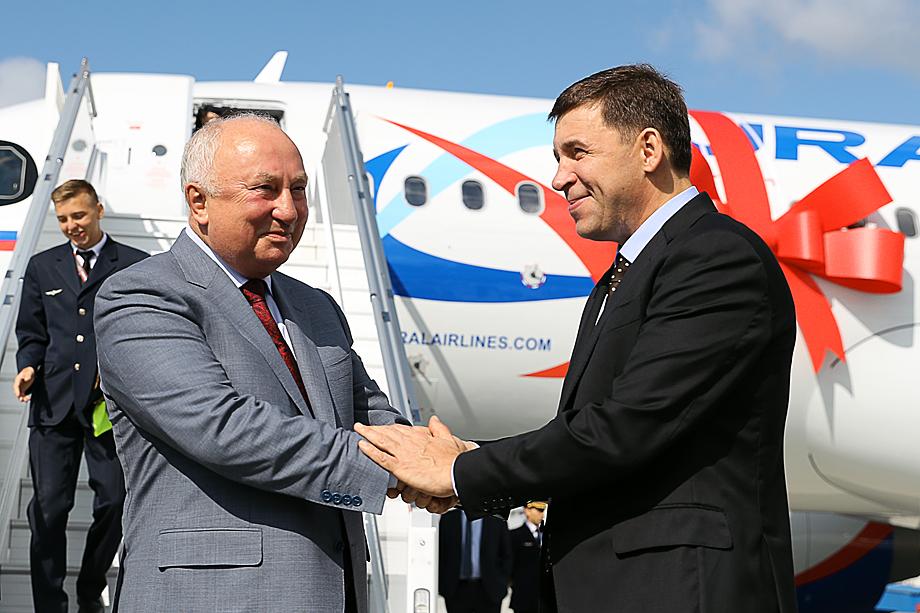 Сергей Скуратов, генеральный директор «Уральских авиалиний» и губернатор Свердловской области Евгений Куйвашев (слева направо).