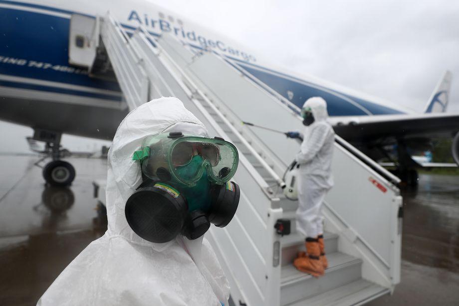 С начала июня инспекторы ведомства выявили 124 случая несоблюдения методических рекомендаций по обеспечению санбезопасности в аэропортах и самолётах.