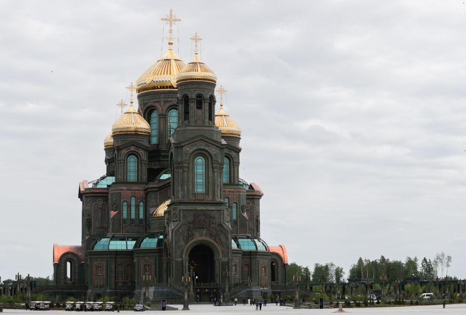 Главный храм Вооружённых сил России – собор Воскресения Христова.