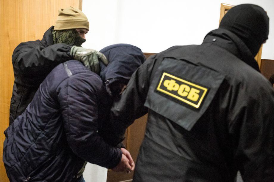 Подозреваемый передавал сведения, составляющие гостайну, Службе безопасности Украины.