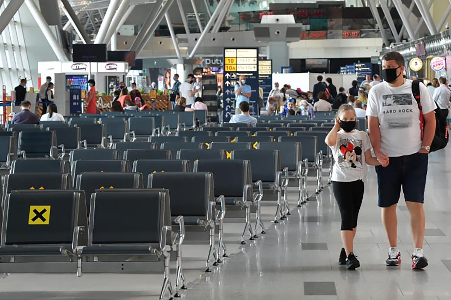 Количество пассажиров на международных рейсах упало на 99,5 процента.