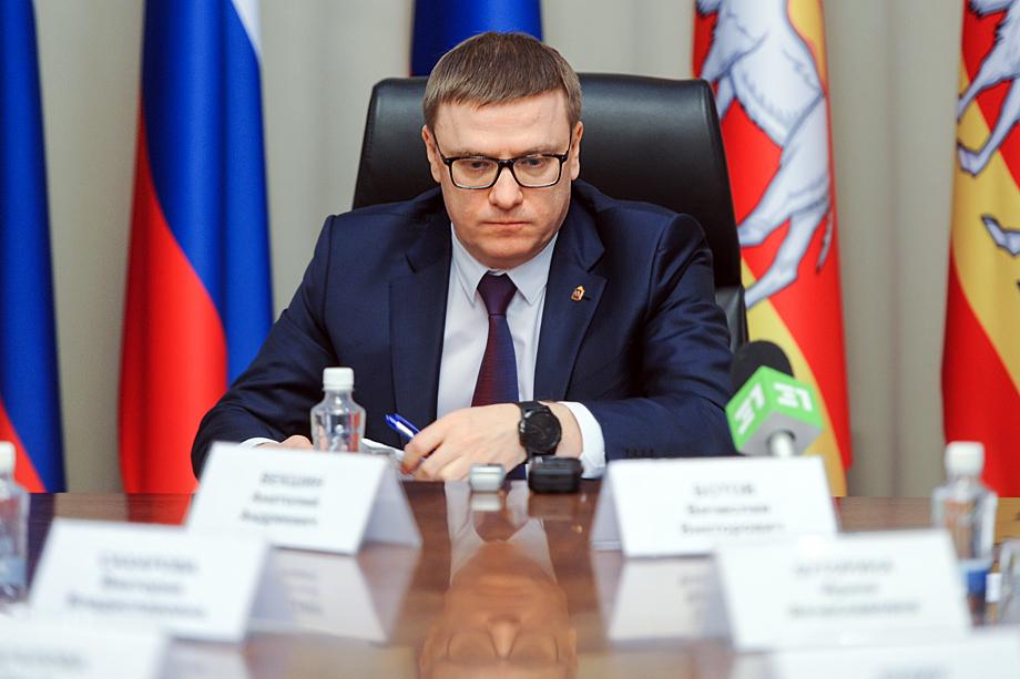 Действующий губернатор Текслер и его команда считают Сандакова реальной угрозой и предпочитают мирные переговоры.
