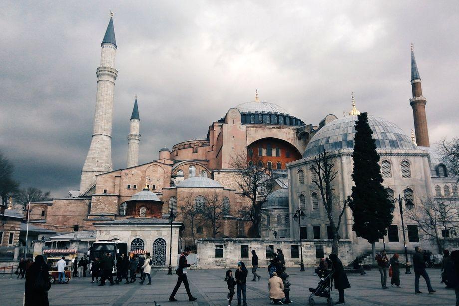 Турецким властям разрешили сделать собор Святой Софии мечетью.