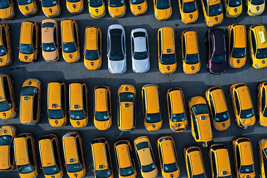 С августа таксистам можно будет как уменьшать, так и увеличивать тариф ОСАГО на 30 процентов.