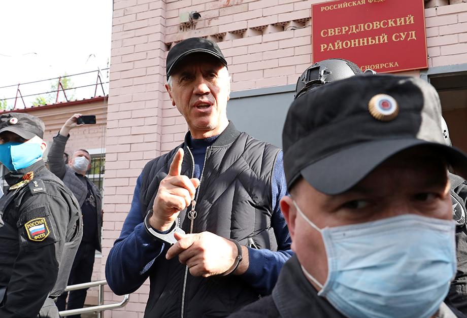 Анатолия Быкова обвинили в новых преступлениях.
