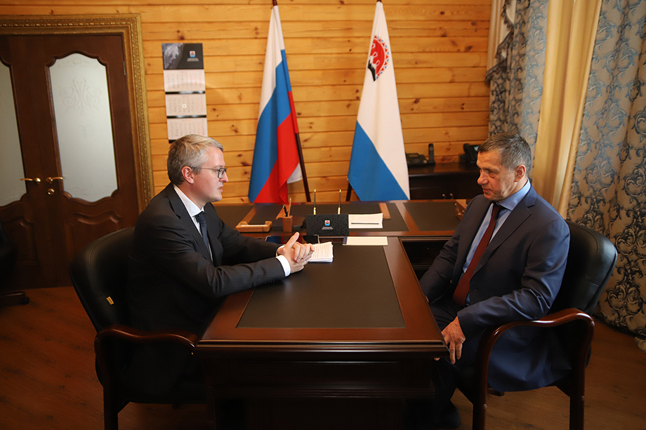 Юрий Трутнев пообещал Камчатке развитие, в котором должен помочь врио Солодов.