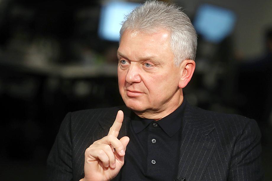 Для минимизации рисков волатильности в нефтегазовом секторе руководство планировало воспользоваться дружескими связями с Виктором Христенко.