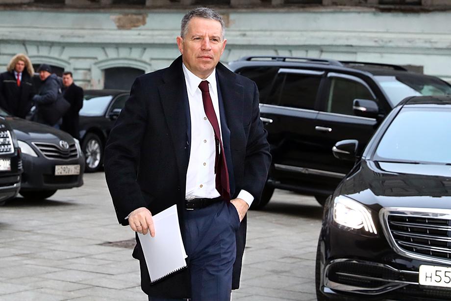 Андрей Комаров владеет 77,2 процентами акций ЧТПЗ.
