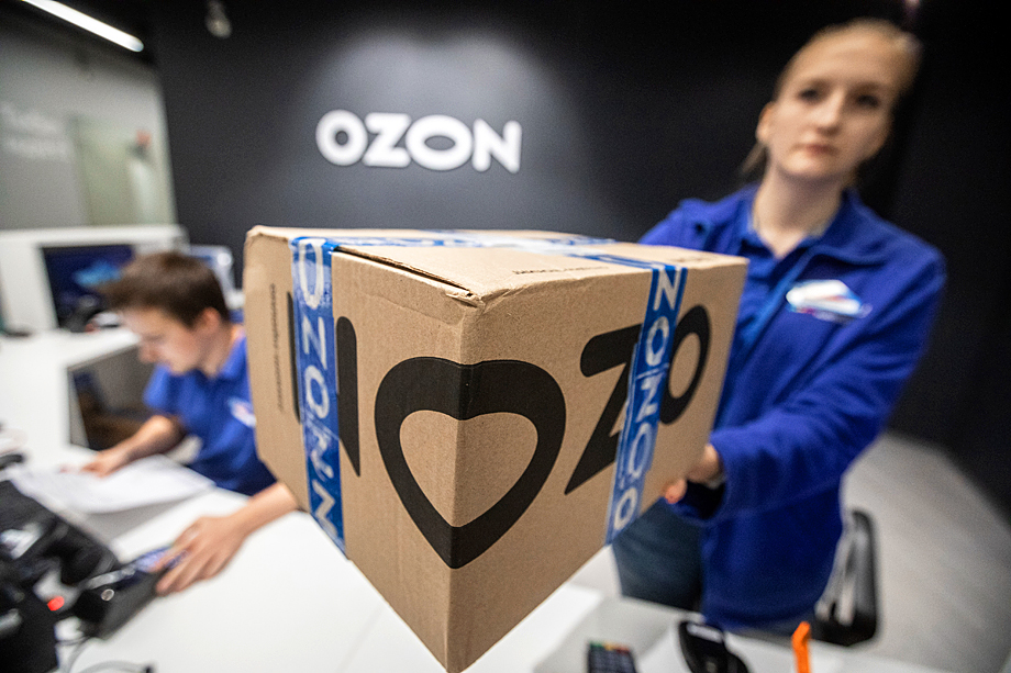 На фоне массового вымирания офлайн-ритейлов маркетплейсы катаются как сыр в масле: выручка компании Ozon за первый квартал 2020 года выросла на 115 процентов.