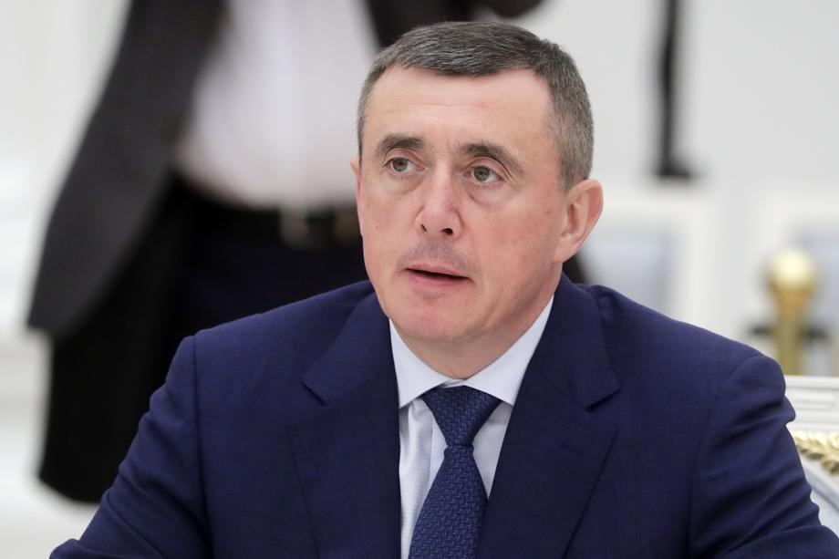 Губернатор Сахалинской области Валерий Лимаренко обещает, что работу никто не потеряет.