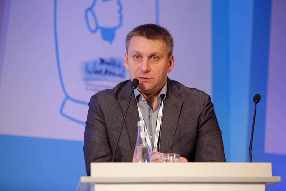 Егор Москвин, лучший друг Владимира Мединского, выступает в роли основателя нового проекта.