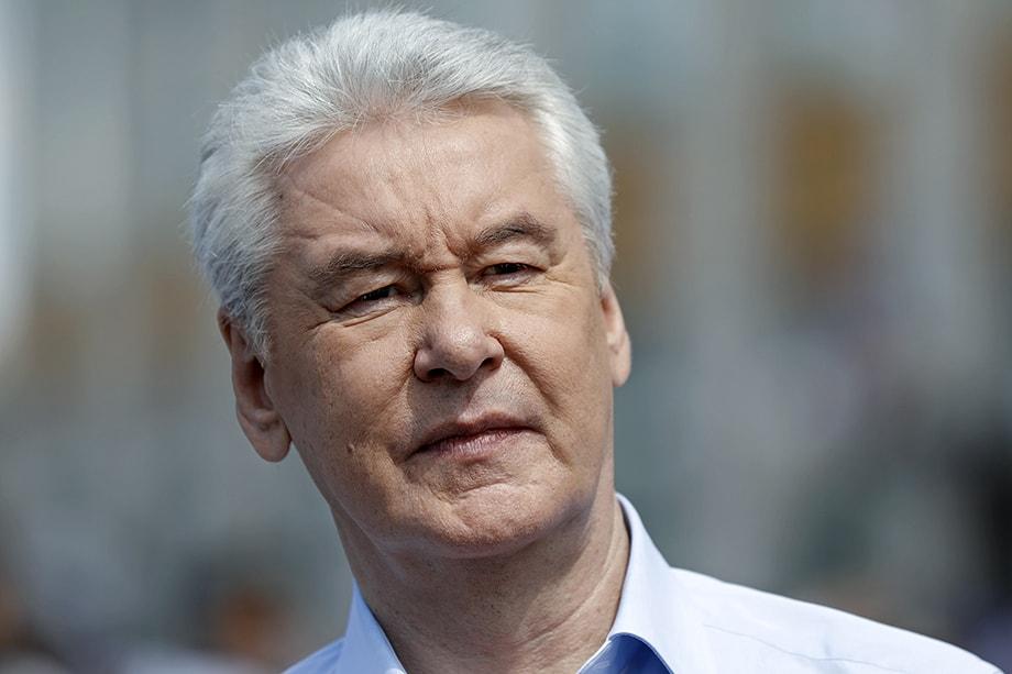 Сергей Собянин пока не говорит о возможности возвращения жёстких ограничительных мер в столице.